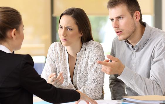 Lắng nghe là kỹ năng quan trọng trong nghệ thuật giao tiếp